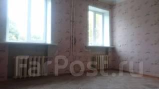 2-комнатная, улица Некрасова 94. центр, агентство, 72 кв.м. Комната
