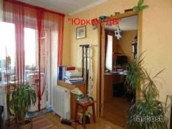2-комнатная, улица Адмирала Кузнецова 64. 64, 71 микрорайоны, проверенное агентство, 46 кв.м. Интерьер