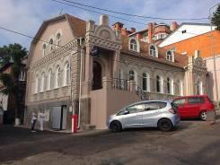Нежилое помещение в центре города. Улица Прапорщика Комарова 23а, р-н Центр, 212кв.м. Дом снаружи