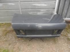 Крышка багажника. Toyota Corona