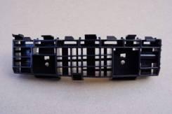 Крепление бампера Honda Insight 71198-TM8-A01, левое переднее