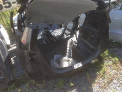 Задняя часть автомобиля. Honda Fit, GE6 Двигатель L13A