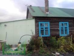 Часть жилого деревянного дома в Западном. Улица Нахимова 17, р-н п. Западный, площадь дома 23 кв.м., скважина, электричество 15 кВт, отопление твердо...