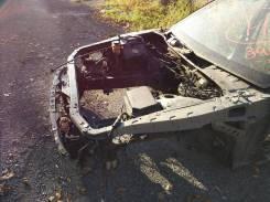 Передняя часть автомобиля. Toyota Mark II, JZX90