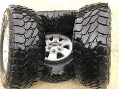 Pirelli Scorpion A/T. Всесезонные, износ: 30%, 4 шт