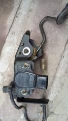Педаль акселератора. Toyota RAV4, ACA20, ACA20W, ACA21, ACA21W, ACA22, ACA23, CLA20, CLA21 Двигатели: 1AZFE, 1AZFSE, 1CDFTV, 2AZFE