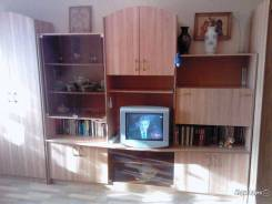 2-комнатная, улица Дикопольцева 32/2. центральный, частное лицо, 44 кв.м. Комната