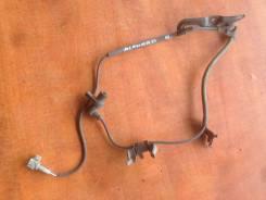 Датчик abs. Toyota Alphard, MNH10, MNH10W Двигатель 1MZFE