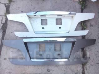 Накладка крышки багажника. Infiniti M45 Infiniti M35 Nissan Fuga, PNY50, Y50, GY50, PY50 Двигатели: VQ35DE, VK45DE, VQ35HR, VQ25DE, VQ25HR