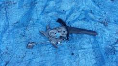 Ручка ручника. Nissan X-Trail, NT30, PNT30, T30 Двигатели: QR20DE, QR25DE, SR20VET, YD22ETI