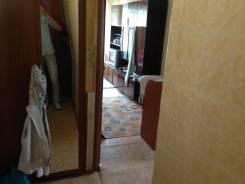 2-комнатная, улица 40 лет Октября 29. Шкотовский, частное лицо, 39 кв.м. Прихожая