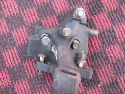 Крепление гидроусилителя. Honda Prelude, BB1, BB4 Двигатель H22A