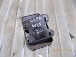 Кронштейн усилителя бампера. Infiniti FX45, S50 Infiniti FX35, S50