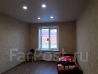 2-комнатная, улица Крещенская 6. Краснофлотский, частное лицо, 57 кв.м.