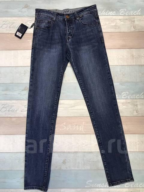 Мужские джинсы Emporio Armani - Основная одежда во Владивостоке cbb4a08b660