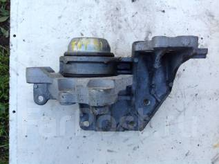 Подушка двигателя. Nissan X-Trail, TNT31