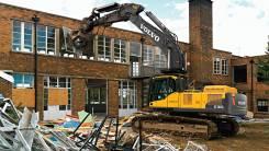 Промышленный демонтаж металлоконструкций, разборка старых зданий.
