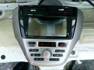 Блок управления климат-контролем. Toyota Opa, ACT10, ZCT10, ZCT15 Двигатели: 1AZFSE, 1ZZFE