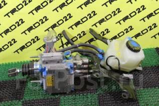 Цилиндр главный тормозной. Toyota Prius, ZVW30, ZVW30L Двигатель 2ZRFXE