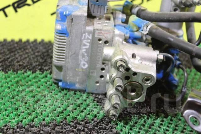 Блок abs. Toyota Prius, ZVW30, ZVW30L Двигатель 2ZRFXE