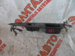 Кнопка стеклоподъемника. Toyota ist, NCP61, NCP60, NCP65