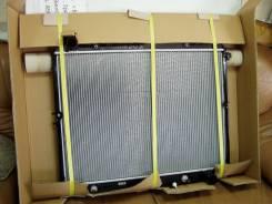 Радиатор охлаждения двигателя. Toyota Land Cruiser, FZJ80, FZJ80G, FZJ80J Двигатель 1FZFE