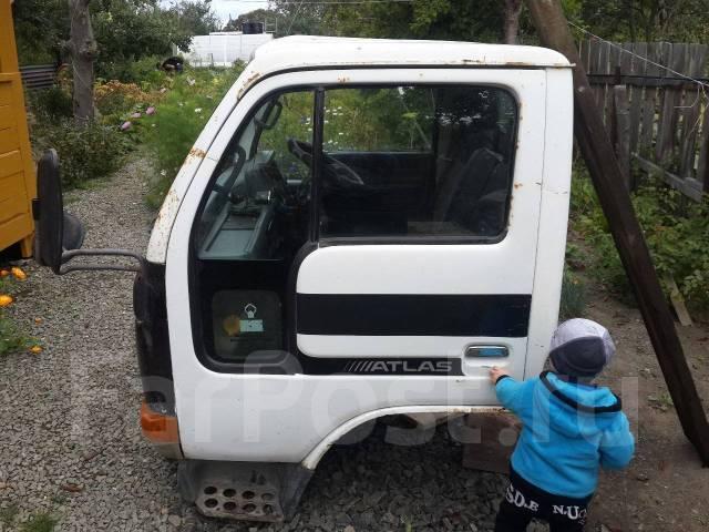 Кабина. Nissan Atlas, P4F23