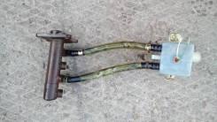 Цилиндр главный тормозной. Toyota Hiace Двигатели: 2L, 2LT, 2LTE