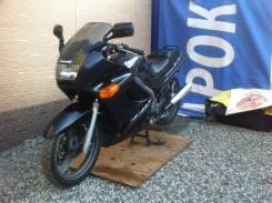 Kawasaki ZZR 250. 249 куб. см., исправен, птс, без пробега