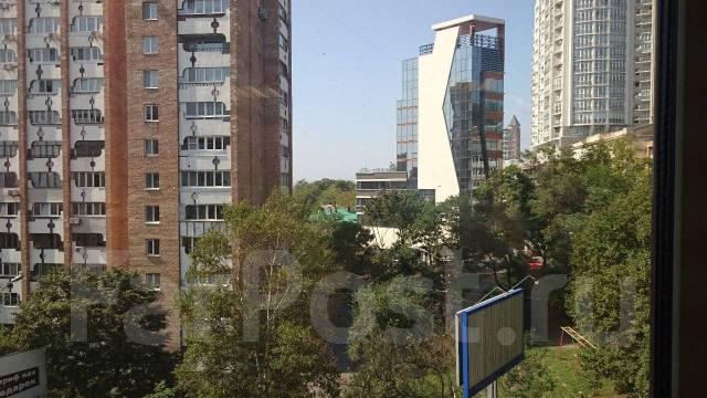 Отличный офис в центре города от собственника 70 кв. 68 кв.м., улица Морская 1-я 9, р-н Центр. Вид из окна