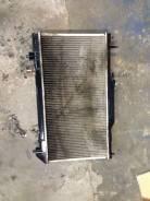 Радиатор охлаждения двигателя. Toyota Avensis
