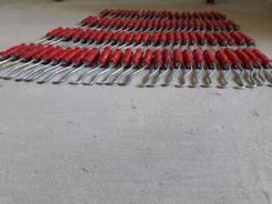 Крюки для вязки арматуры.