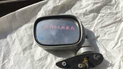 Зеркало. Nissan Bassara