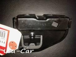 Крепление бампера. Honda Insight, ZE2