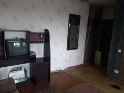 2-комнатная, улица Ватутина 6. 64, 71 микрорайоны, частное лицо, 48 кв.м. Прихожая