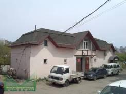 Здание с земельным участком в собственности. Улица Борисенко 40, р-н Борисенко, 204 кв.м. Дом снаружи