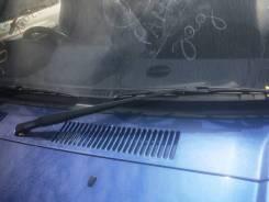 Держатель щетки стеклоочистителя. Toyota Land Cruiser Prado