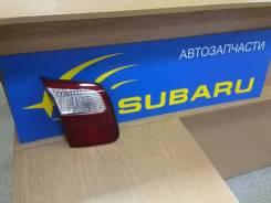 Фонарь задний левый в крышку багажника Subaru Forester 2000-2002