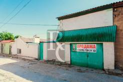Продается два дома на одном участке по ул. Кирпичная. Улица Кирпичная 53, р-н Ленинский, площадь дома 120 кв.м., централизованный водопровод, отоплен...