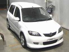 Mazda Demio. DY5W