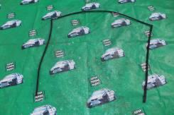 Молдинг лобового стекла. Lexus RX300, GSU35, MCU38, MCU35 Lexus RX400h, MHU38, MHU33 Lexus RX330, MCU38, GSU35, GSU30, MCU33, MCU35 Lexus RX350, MCU33...