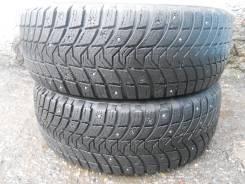Michelin X-Ice North 3. Зимние, шипованные, износ: 30%, 2 шт
