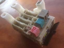 Блок предохранителей. Toyota Prius, NHW20 Двигатель 1NZFXE