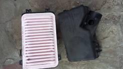 Корпус воздушного фильтра. Toyota Camry, ACV31, ACV35, ACV30L, ACV30 Двигатели: 2AZFE, 1AZFE