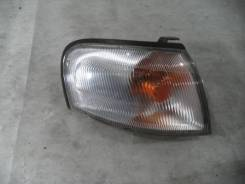 Фонарь указателя поворота передний правый Nissan Sunny / Lucino