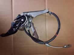 Педаль ручника. Toyota Camry, ACV40, GSV40 Двигатели: 2AZFE, 2GRFE