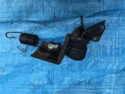 Регулятор давления тормозов. Mitsubishi Delica, PD8W, PE8W, PD6W, PD4W, PA4W, PA5W