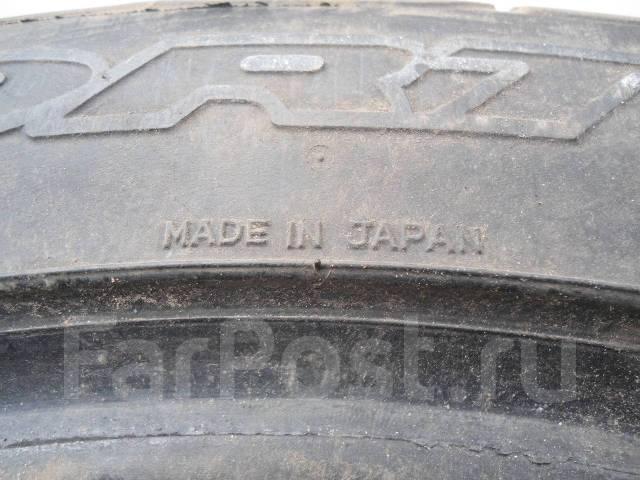 Dunlop SP Sport 9000. Летние, 2012 год, износ: 5%, 2 шт