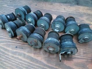 Подушка кузова. Mitsubishi Pajero, V44W, V14V, V55W, V47WG, V46WG, V25W, V24C, V43W, V45W, V24W, V21W, V46V, L048G, L141G, V26W, V23C, V26C, V46W, V23...
