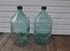 Бутыль стеклянная под вино 20 литров с крышкой